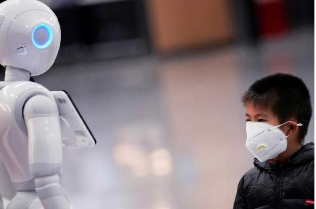 ساخت روبات جهت نمونه برداری مخاط بینی افراد مبتلا به کووید-19